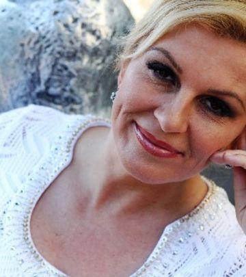 Ćevapi na Baščaršiji: Predsjednica Hrvatske na ručku sa Halidom Bešlićem