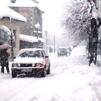 Nevreme u Crnoj Gori: Sever pod snegom, na primorju poplave! (FOTO/VIDEO)