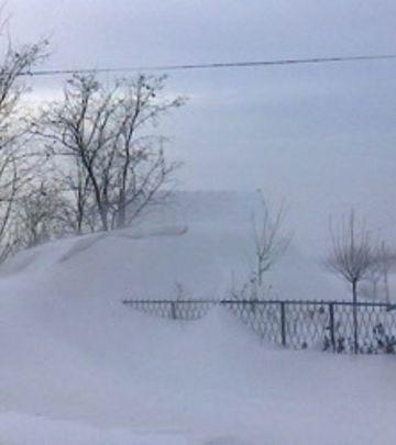 Muke srpskog domaćina: Sneg mu zatrpao podrum, pa ostao bez rakije!