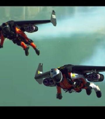 """Nebeski spektakl: """"Ljudi-ptice"""" leteli iznad Dubaija! (VIDEO)"""