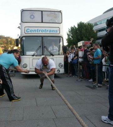 Ljudina: Bosanski Strongman vukao autobus težak 15 tona