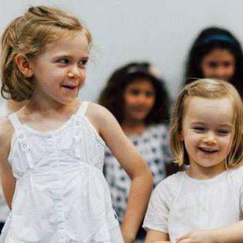 Dubai Školica: priredba za kraj školske godine