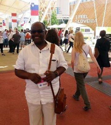 Lekar iz Gane - gradonačelnik Pirana