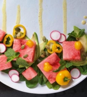 Letnja salata sa prelivom od pomorandže