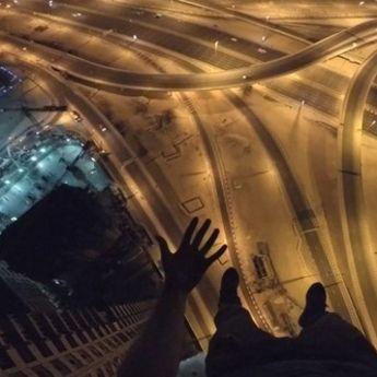 Adrenalin: Britanac osvojio oblakoder u Dubai marini