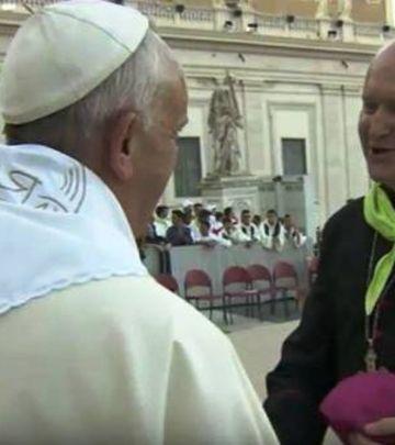 Papa nosi marame sa Begeja
