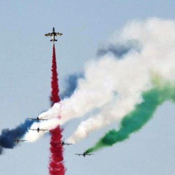 Dubai Airshow 2015: Nebeski spektakl