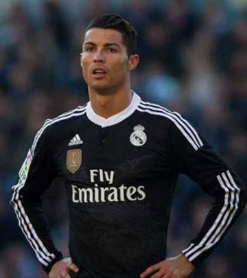 Ronaldo pesnicom nasrnuo na rivala (VIDEO)