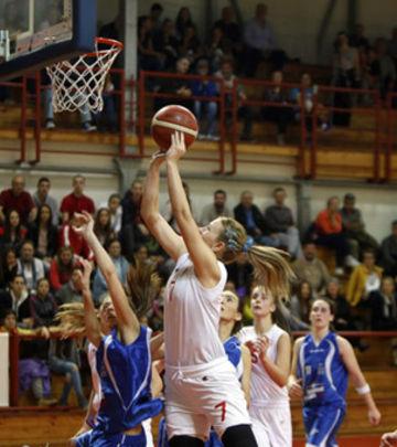 Nataša ušla u istoriju svetske košarke (VIDEO)