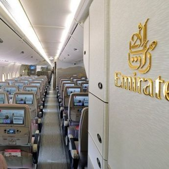 Najveći putnički avion u Emiratima (VIDEO)