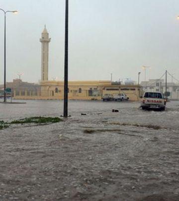 Katar i Saudijska Arabija: Poplave u pustinji (VIDEO)