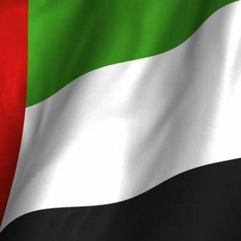 Novi rekord: Zastava UAE dugačka 5 kilometara! (VIDEO)