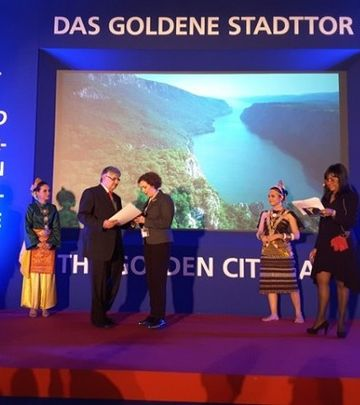 Film o Dunavu: Srebrna zvezda za TOS