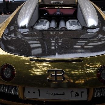 London: Saudijski milijarderi u zlatnim super-automobilima!
