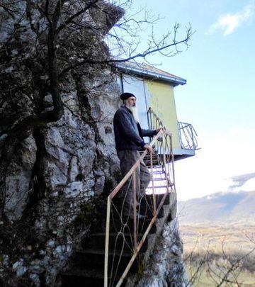 Jedinstvena kućica kod Bele Palanke (FOTO)