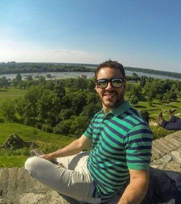 Brazilac sa šajkačom: Ovako se voli Srbija! (VIDEO)