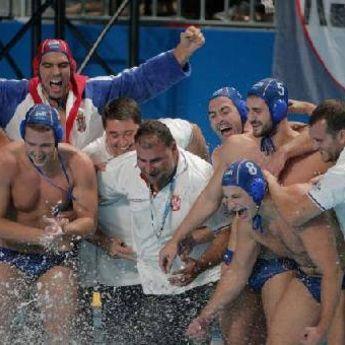 Delfini potopili Amere: Vaterpolisti Srbije osvojili Svetsku ligu!