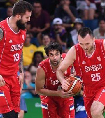 Finale Srbija – SAD: Navijanje za Orlove u Dubaiju! (VIDEO)