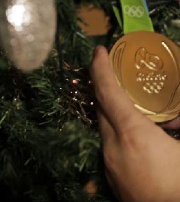 Zlatni delfini: Čestitka koja će vas oduševiti! (VIDEO)