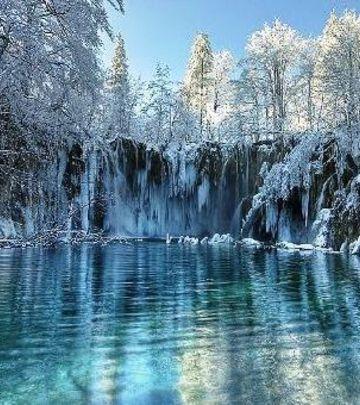 Kao iz bajke: Zimska idila na Plitvičkim jezerima (VIDEO)