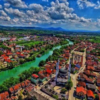 Sanski Most - impresivni grad na devet reka