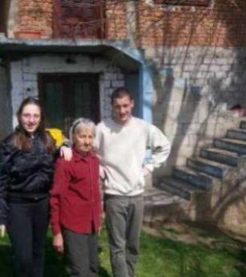 Akcija: Do KROVA SVETA za pomoć porodici iz Srbije (VIDEO)