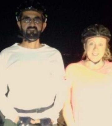FOTO-PRIČA: Šeik Muhamed spasava žene bicikliste u pustinji