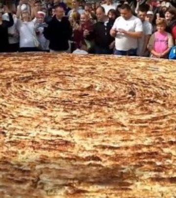 Tuzla Gastro Show: Burek i ćevapi za Ginisa! (FOTO + VIDEO)