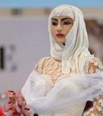 FOTO-PRIČA: Torta od MILION $ na Sajmu venčanja u Dubaiju