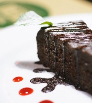 Sočna čokoladna torta sa jogurtom