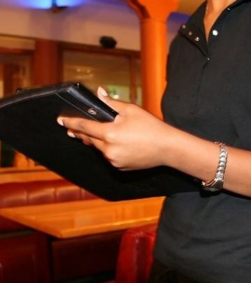 Oglas: Posao za hostese u Dubaiju