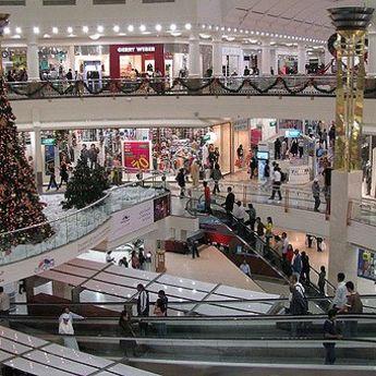Vreme poklona: Veliki popusti povodom novogodišnjih praznika
