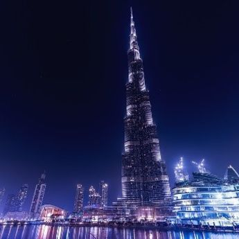 Spektakl za milion ljudi: Vatromet kod Burdž Kalife (VIDEO)