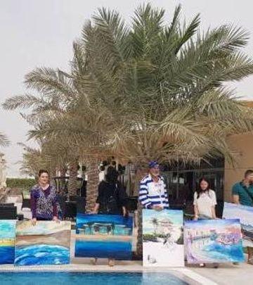 Umetnici iz ex-Yu na slikarskoj koloniji u Abu Dabiju (FOTO)