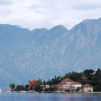 NOSTALGIČNO: Letovanje u Crnoj Gori – nekad i sad (FOTO)