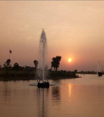 Najlepše fotografije ljubavnog jezera u Dubaiju