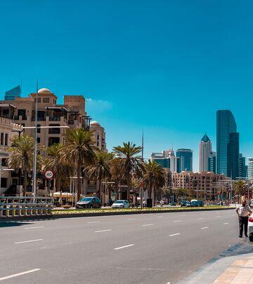 U Dubaiju 40 taksista nagrađeno medaljom poverenja