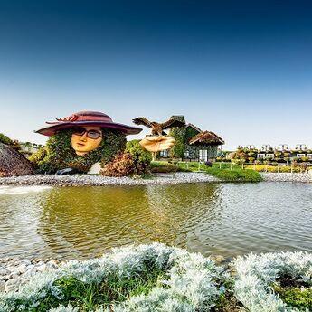 U Čudesnu baštu u Dubaiju stižu Štrumpfovi